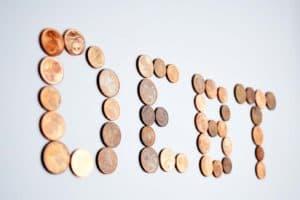 Mijn studieschuld is hoog. Heel hoog: €70.000. Maar ik heb een plan om het terug te betalen. Ben je benieuwd? Je leest het op SkereStudent.com
