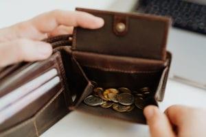 Ik gaf deze maand maar €20 uit aan non-essentials! Waar ik dan wel geld aan heb uitgegeven? Dat lees je in deze blog post op SkereStudent.com!