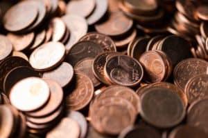Ben jij ook altijd zo nieuwsgierig naar andermans inkomsten en uitgaven? Ik wel! In de rubriek 'Sparen of Spenden' deel ik maandelijks mijn kasboek met mijn inkomsten, uitgaven en investeringen met jullie. Deze maand gaf ik meer dan €200 uit aan mijn blog, Skere Student! Benieuwd waar ik de rest van mijn inkomen deze maand aan heb besteed en hoeveel ik heb verdiend? Lees dan snel verder op SkereStudent.com