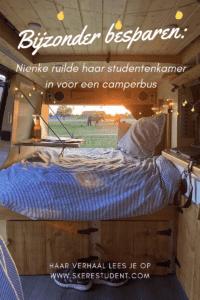 Ben jij je dure studentenkamer helemaal zat en wil je besparen op de huur? Wellicht is een studentenkamer op wielen wel wat voor jou!  Nienke (@groetjesvannienke op TikTok en @hittheroad.jackk op Instagram) deed het en ruilde haar dure, kleine studentenkamer in voor een camperbus! Na drie jaar gewoond te hebben in een studentenhuis met 11 huisgenootjes besloot ze het roer om te gooien en in een camperbus te gaan wonen. In deze blog vertelt ze waarom ze deze keuze maakte (hint: haar groeiende studieschuld) en wat de voor- en nadelen zijn van wonen in een camperbus tijdens je studententijd.